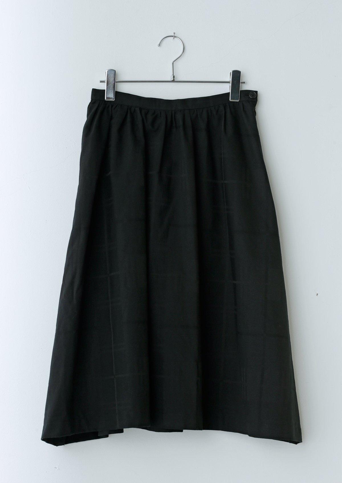 カーテンスカート
