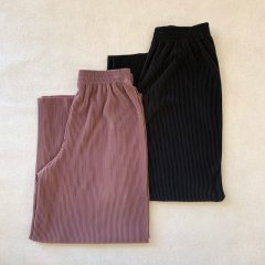 SELECT stretch pleats pants<img class='new_mark_img2' src='https://img.shop-pro.jp/img/new/icons16.gif' style='border:none;display:inline;margin:0px;padding:0px;width:auto;' />