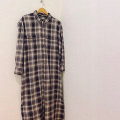 SELECT check shirt one−piece<img class='new_mark_img2' src='https://img.shop-pro.jp/img/new/icons16.gif' style='border:none;display:inline;margin:0px;padding:0px;width:auto;' />