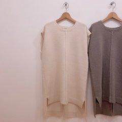 SELECT BOX knit vest