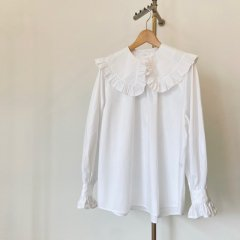 SELECT frill collar blouse