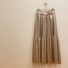 SELECT memory pleats skirt
