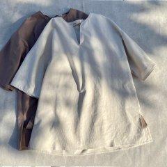 SELECT linen keyneck tops