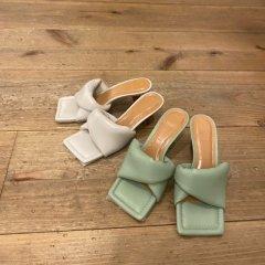 SELECT square volume sandal