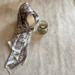 SELECT bandana print scarf
