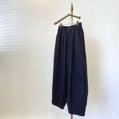 SELECT circus pants