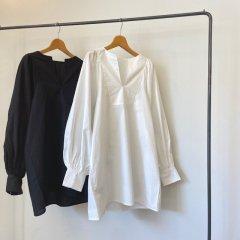 SELECT volume sleeve blouse
