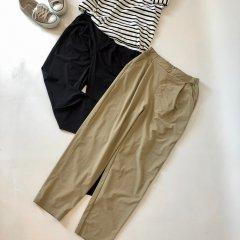 SELECT nylon tuck easy pants