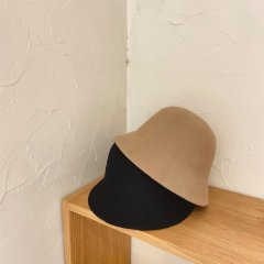 SELECT wool bell hat