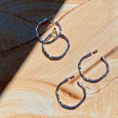 aries hand hoop pierced/earrings