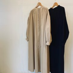 SELECT volume sleeve gather one-piece