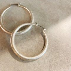 SELECT moon hoop pierced
