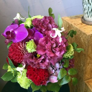 静岡の花屋 ももはな 季節の花でお任せアレンジメント arrangement elegant  3500円~