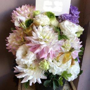 静岡の花屋 ももはな 季節の花でお任せアレンジメント arrangement natural  3500円~