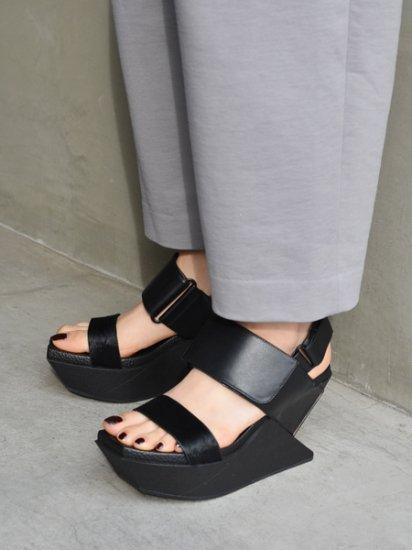 UNITED NUDE Delta Wedge Sandal(black)
