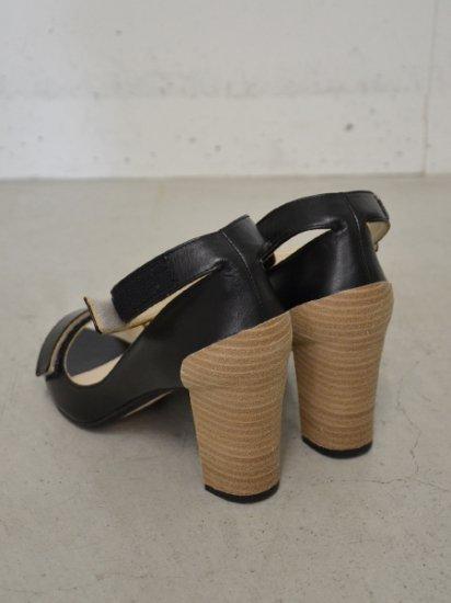 PETROSOLAUM velcro sandal(black)