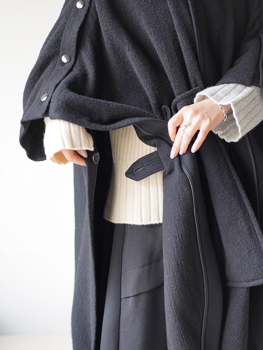 UJOH Loop Pripela Square Cloak