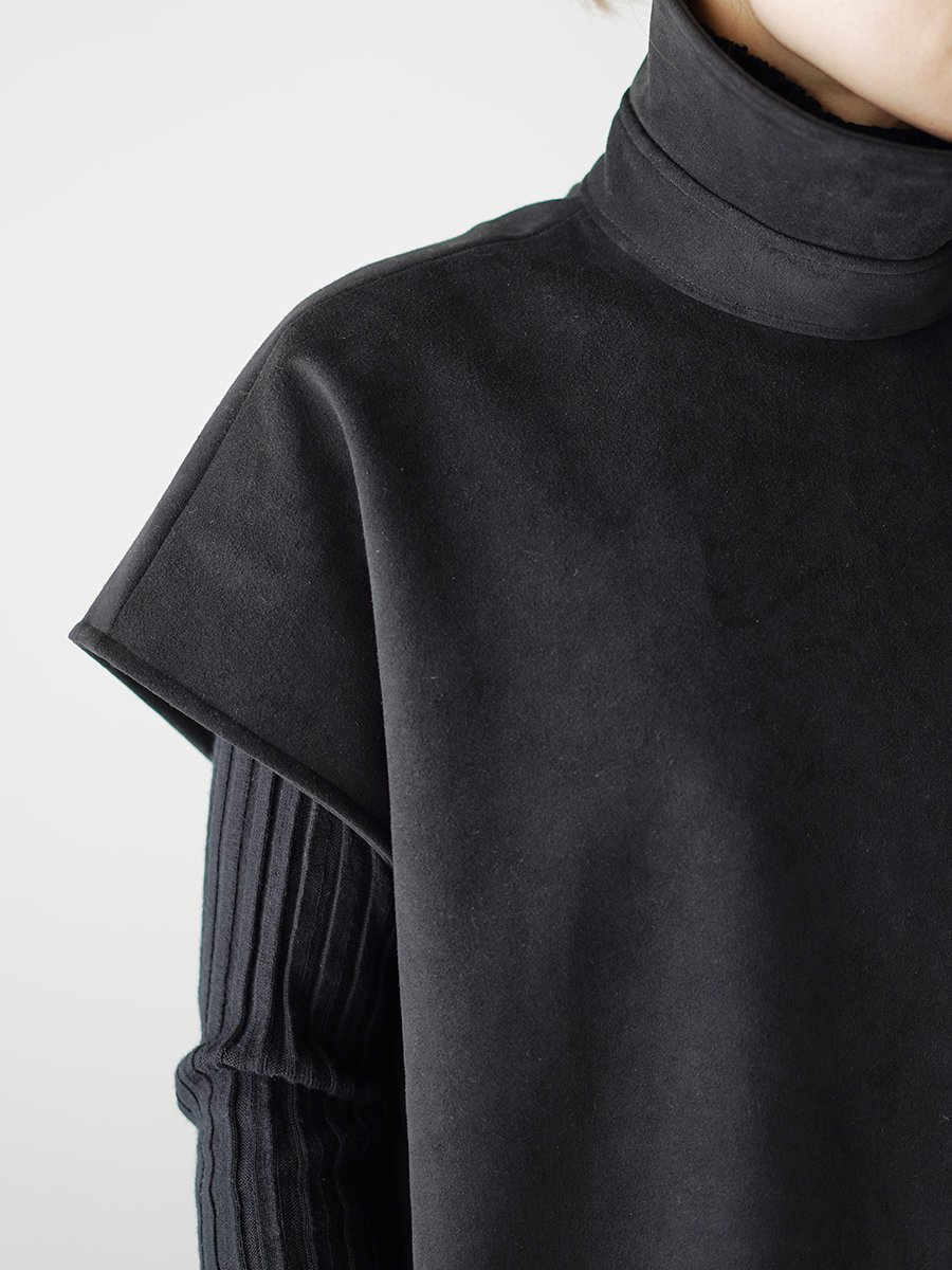 THE RERACS SIDE OPEN SLEEVELESS PULLOVER