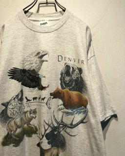 "1990's ""ANIMALS"" Print Tee Made in USA"