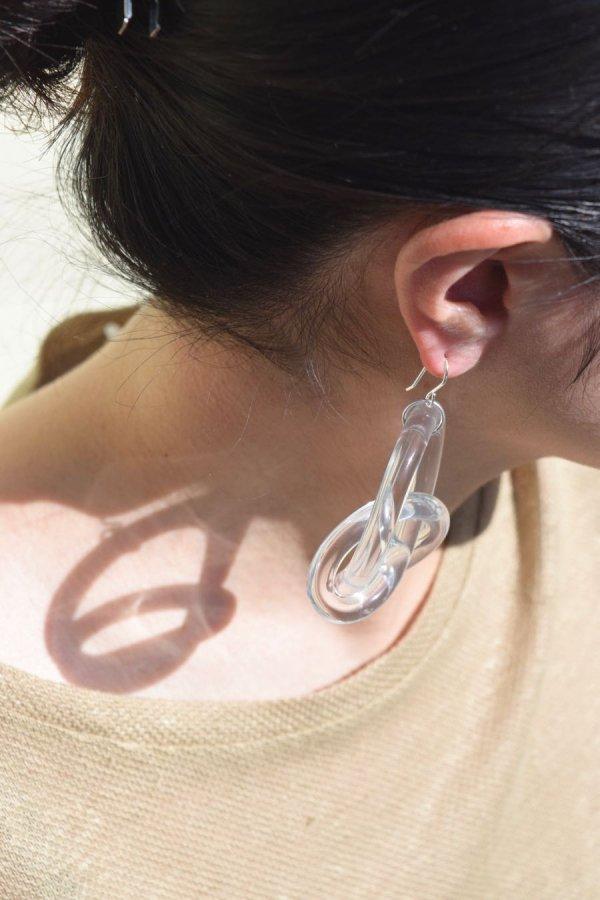 COREY MORANIS / KNOTTED LOOP EARRINGS / CLEAR