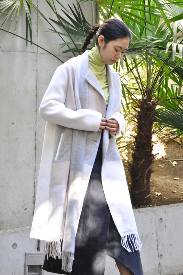 FFIXXED STUDIOS /  SCARF COAT / BEIGE GREY WHITE CHECK