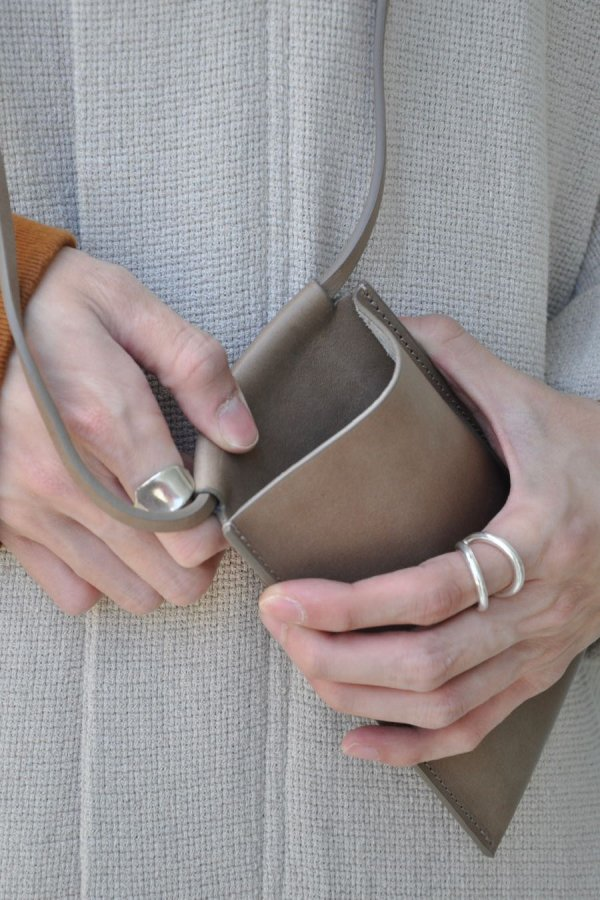 BUILDING BLOCK / IPHONE SLING (L) IN STONE / STONE