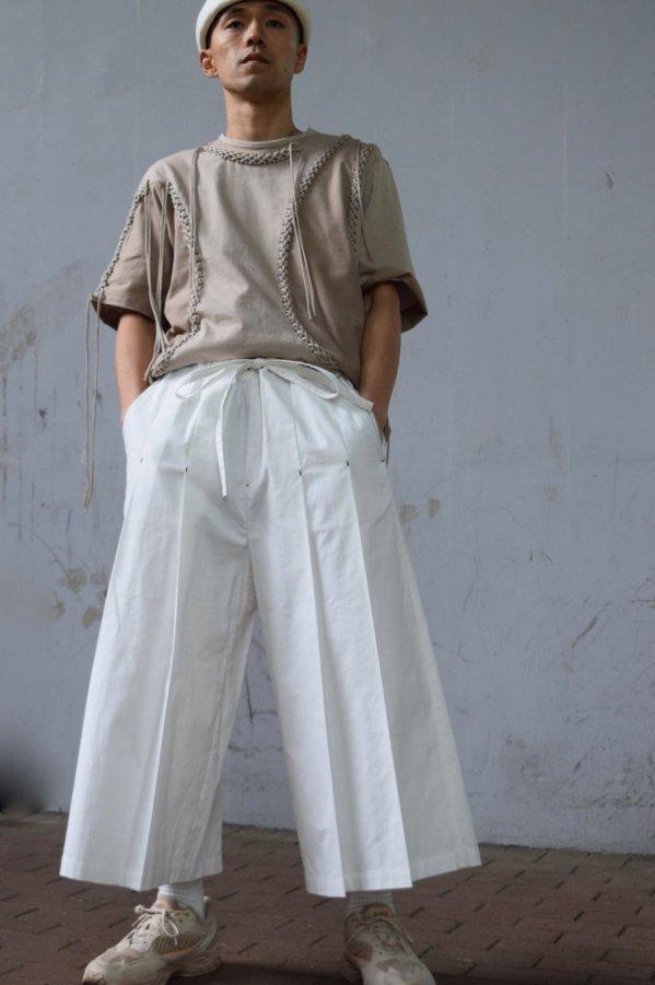 MASU / LUCIE PLEATED SHORTS / WHITE