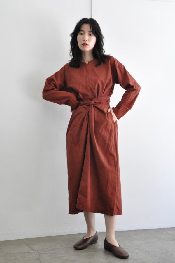 COSMIC WONDER / WRAPPED LONG SLEEVE DRESS / ROSE SOIL