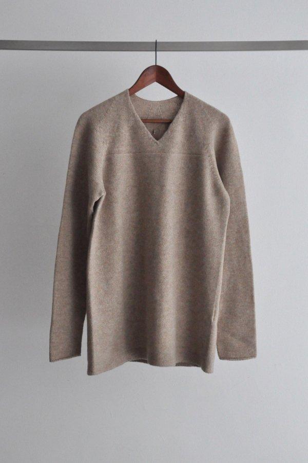 COSMIC WONDER / Tasmanian wool oversized sweater / Beige