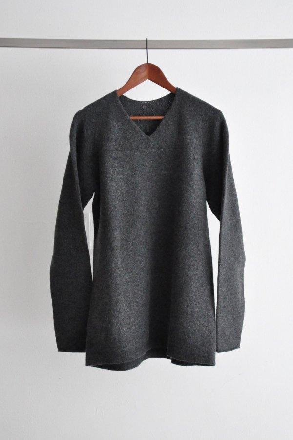 COSMIC WONDER / Tasmanian wool oversized sweater / Dark grey