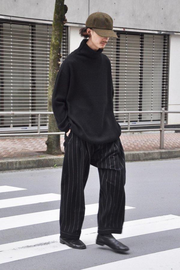 YOKO SAKAMOTO / HIGH NECK KNIT / BLACK