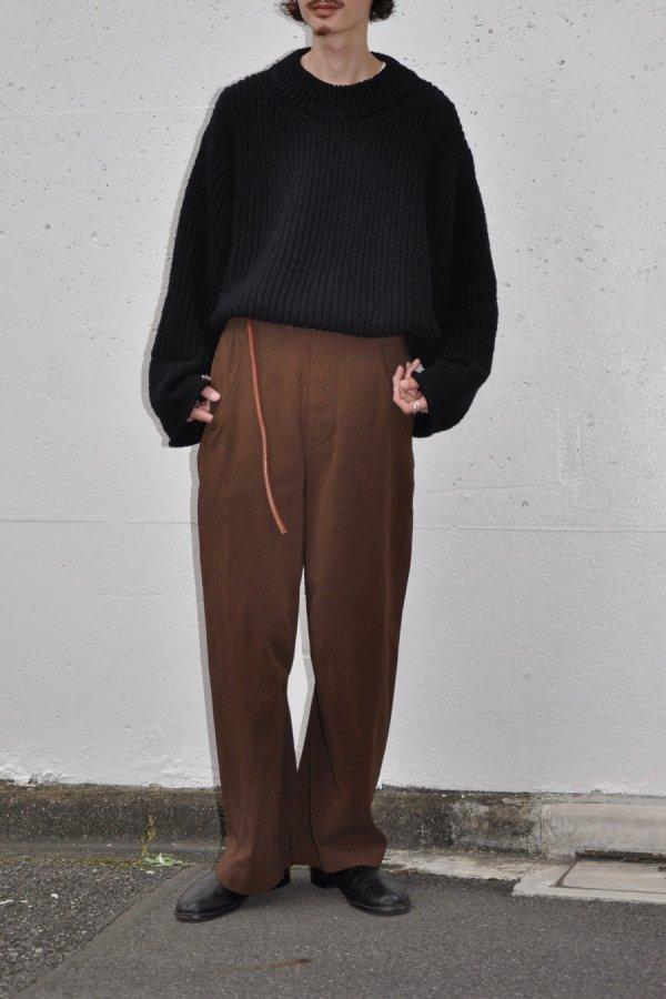 tac:tac / TWIST PANTS / DARK BROWN