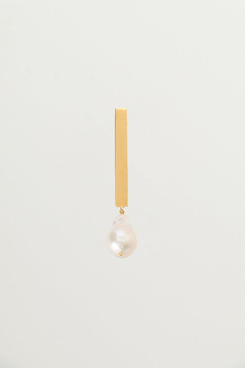 Baroque pearl stick pierce (Gold)