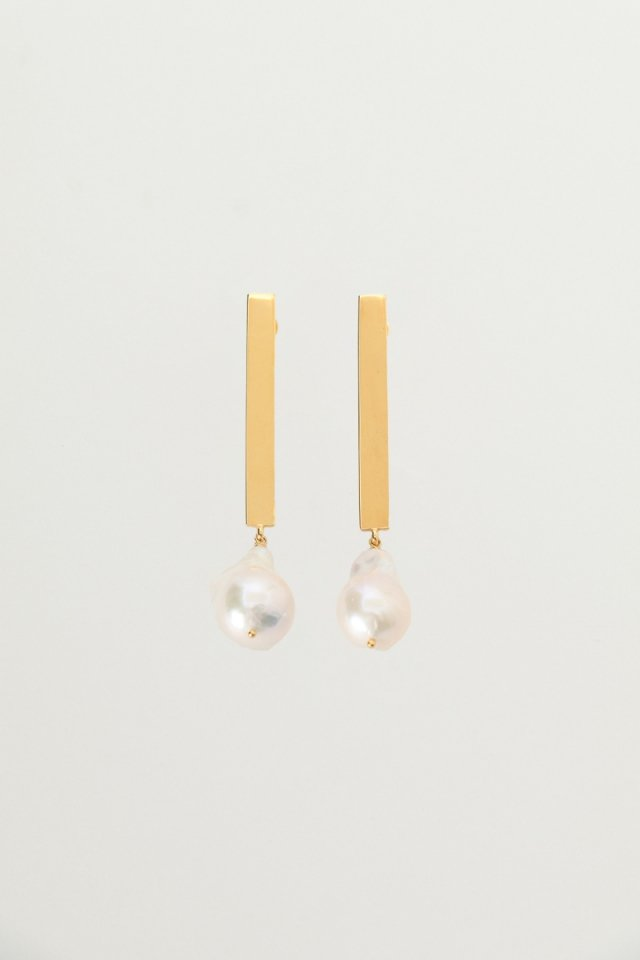 Baroque pearl stick earrings(gold)