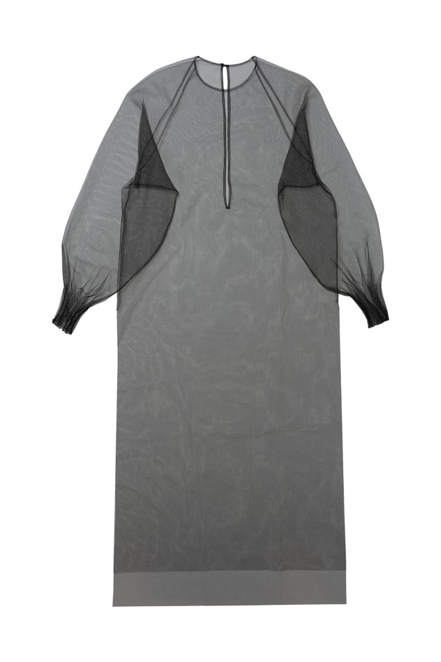 Sustainable tulle raglan sleeve over gown (Black)
