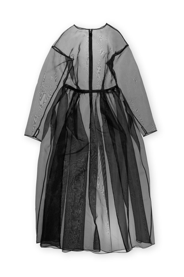 Sustainable organdy over gown (Black)