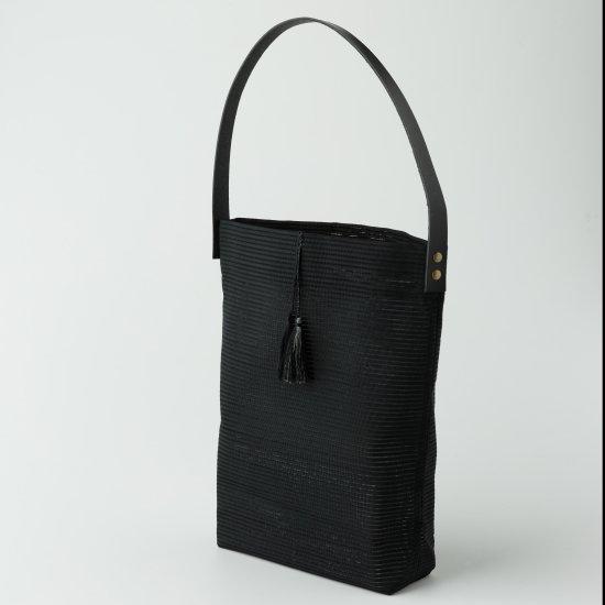 帯トートバック 黒.絽綴れ無地柄(2)