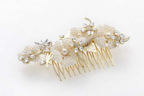 parterre headdress gold