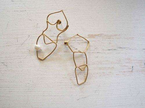 homme&femme pierced gold