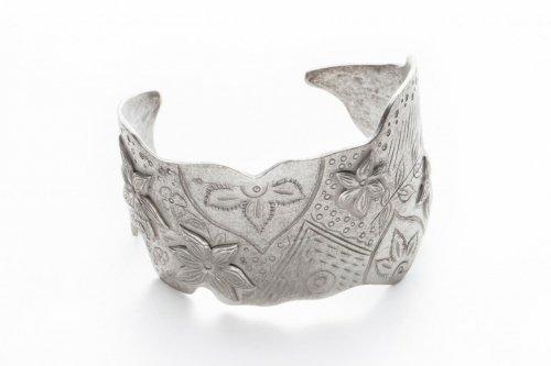 sculpture silver bangle