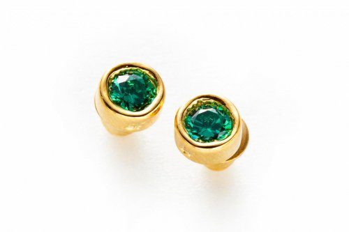 jewel pierced -emerald-