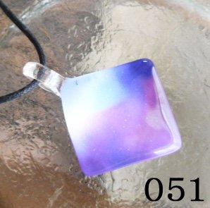 ThaiVetro ガラスジュエリーペンダント051
