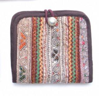 ThongPua 中国モン族(ミャオ族) 刺繍古布の二つ折り財布(一点もの)