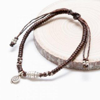 カレン族シルバーブレスレット ヘッドに編み込まれた渦巻きはカレン族の象徴