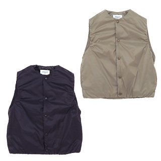 <img class='new_mark_img1' src='https://img.shop-pro.jp/img/new/icons2.gif' style='border:none;display:inline;margin:0px;padding:0px;width:auto;' />RECYCLED NYLON MINIMAL VEST リサイクルナイロン(155-165cm)