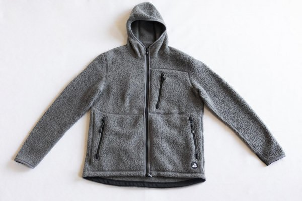 <img class='new_mark_img1' src='https://img.shop-pro.jp/img/new/icons1.gif' style='border:none;display:inline;margin:0px;padding:0px;width:auto;' />snow peak × MM Thermal Boa Fleece Relax Parka  Grey