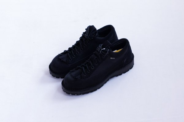 <img class='new_mark_img1' src='https://img.shop-pro.jp/img/new/icons1.gif' style='border:none;display:inline;margin:0px;padding:0px;width:auto;' />DANNER FIELD LOW SP BLACK