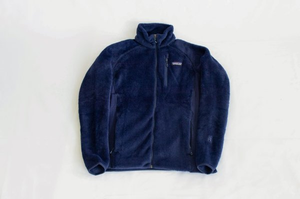 patagonia(パタゴニア)Ms R2 Jacket(Classic Navy)