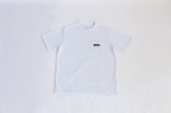 Patagonia(パタゴニア)M's P-6 Label Pocket Responsibili-Tee(White)