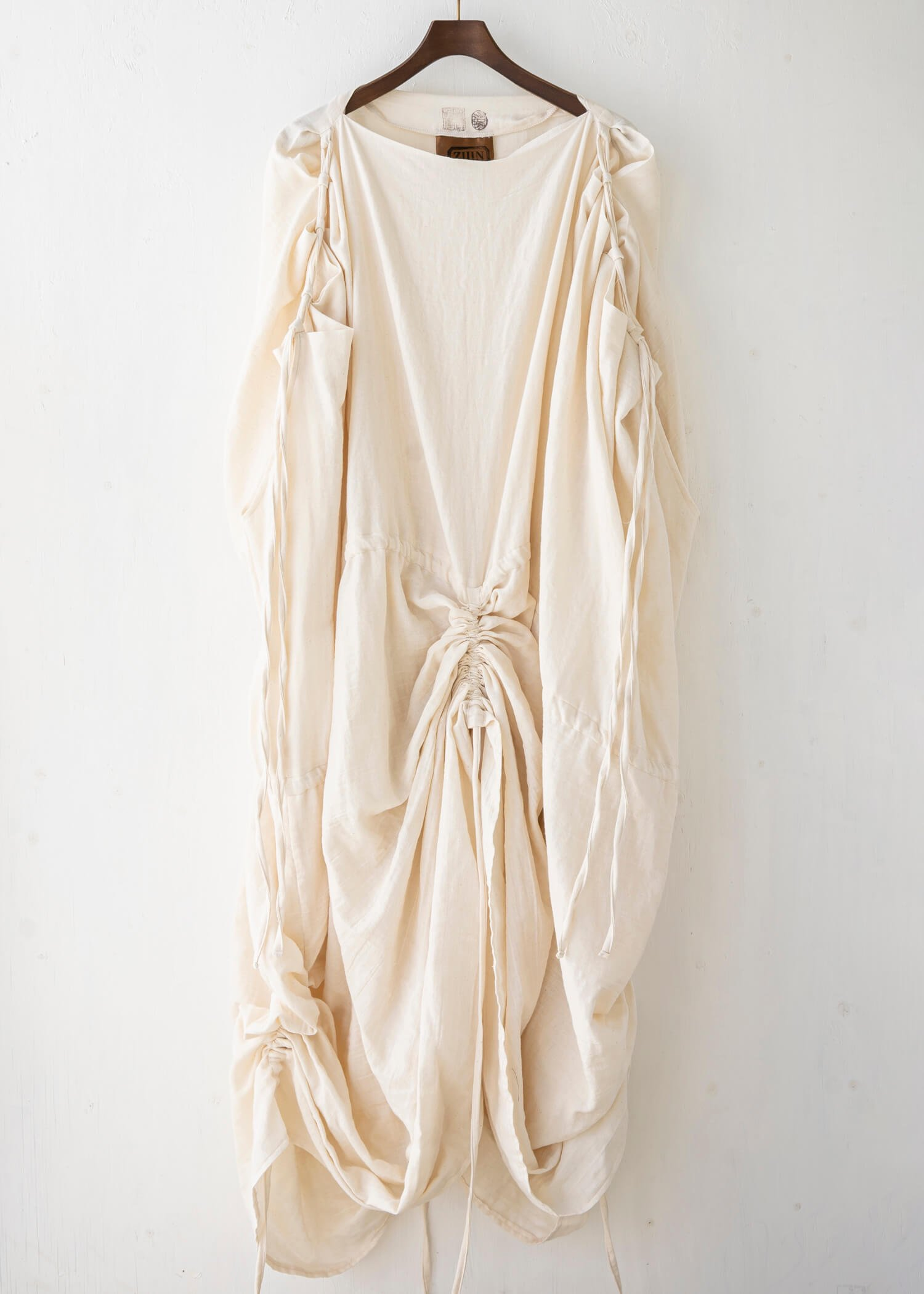 "ZIIIN / ""KANON"" Swaddle Dress  / KINARI"